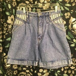 BILL BLASS Vintage High Waist Denim Mom Shorts